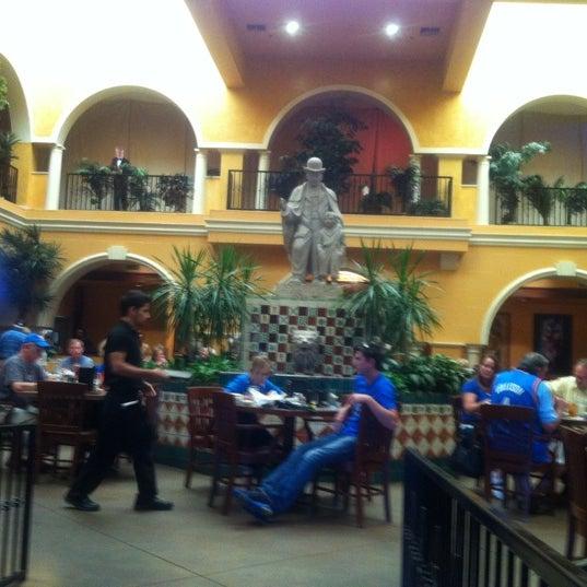 Foto tomada en Abuelo's Mexican Restaurant por Wendy D. el 6/12/2012