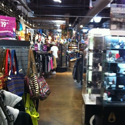 7 fox clothing store arsenal mall
