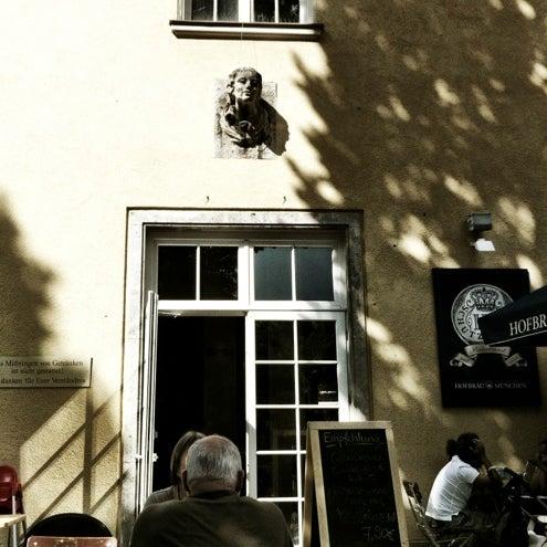 Photo taken at Park Café by Raimund V. on 8/4/2012