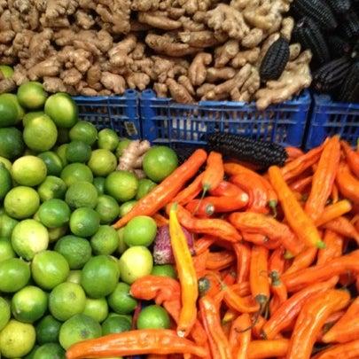 Foto tomada en Vega Central por Josefa V. el 8/11/2012