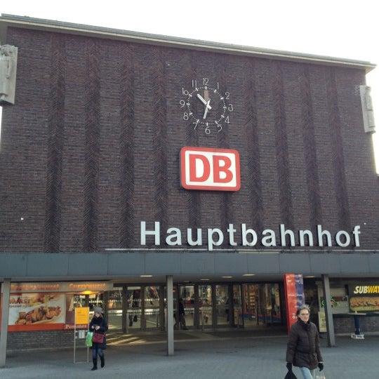 Photo taken at Duisburg Hauptbahnhof by Thorsten S. on 2/11/2012