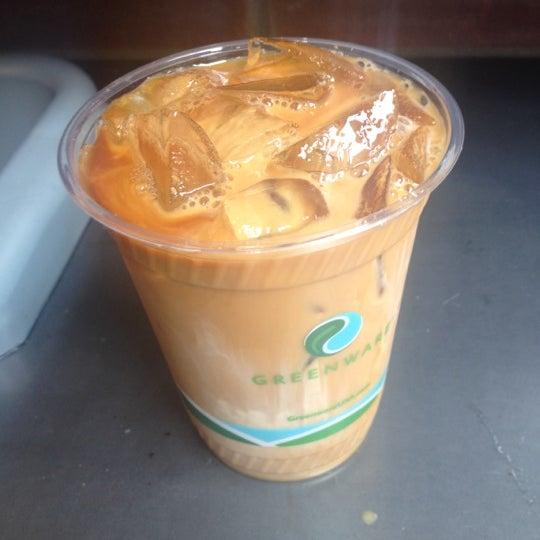 Снимок сделан в Blue Bottle Coffee пользователем Doraly P. 7/13/2012