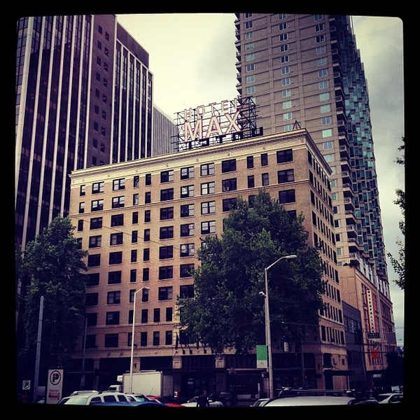 Photo taken at Hotel Max by Jen J. on 6/12/2012