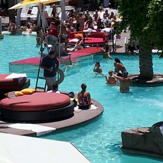 Photo taken at Flamingo GO Pool by Michelle S. on 6/11/2012