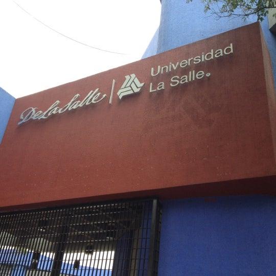 Foto tomada en Universidad La Salle por Nidia el 7/20/2012