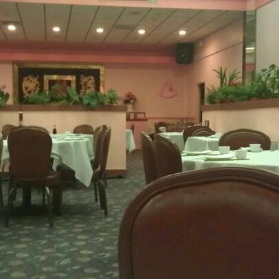 Photo taken at Canton Dim Sum & Seafood Restaurant by Jenn D. on 3/27/2012