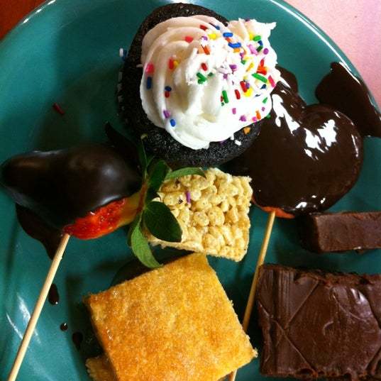 Photo taken at Golden Corral by Neal R. on 2/18/2012