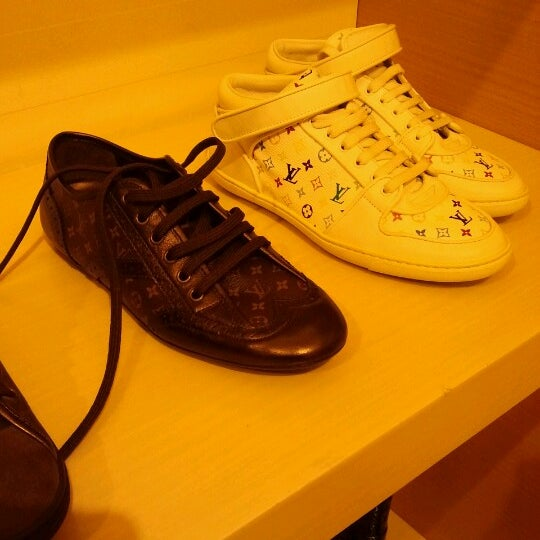 Photo taken at Louis Vuitton by Amalyna F. on 7/3/2012