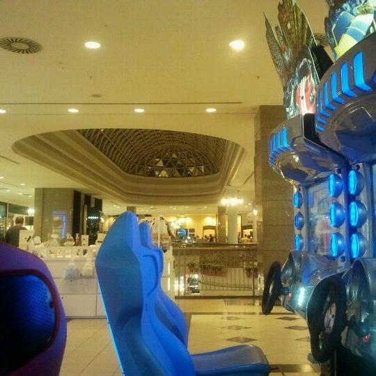 Foto tirada no(a) Shopping Del Paseo por Carol D. em 6/3/2012