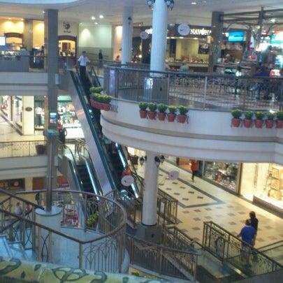 Foto tirada no(a) Shopping Del Paseo por André Zezo R. em 8/9/2012