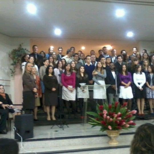 Foto tirada no(a) Igreja Adventista do Sétimo Dia por Bruna R. em 6/23/2012