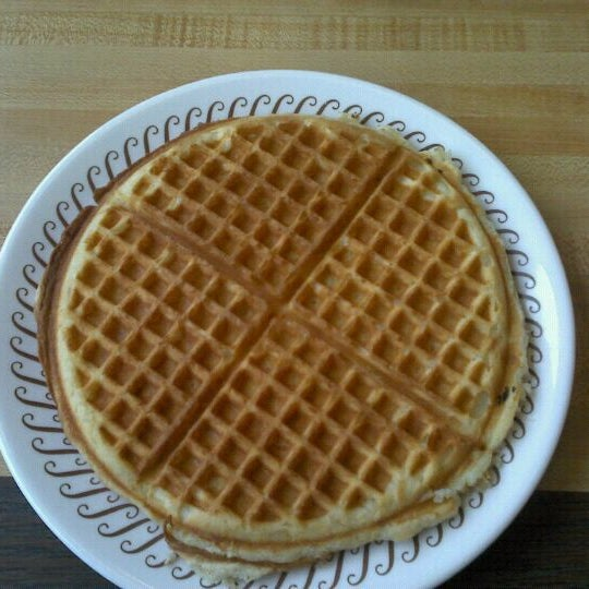 Photo taken at Waffle House by Chad M. on 4/11/2012