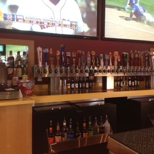 Photo taken at Buffalo Wild Wings by Jebr A. on 5/15/2012
