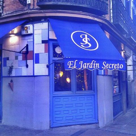 Fotos en el jard n secreto sal n de t en madrid - El jardin secreto restaurante madrid ...
