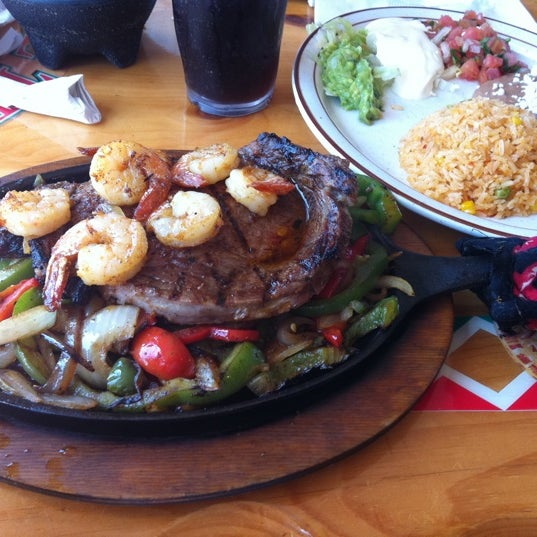 El tenampa mexican restaurant kissimmee fl for Autentica mexican cuisine