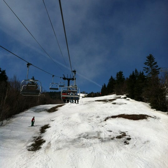 Photo taken at Sunbrook at Mount Snow by Davaish S. on 3/17/2012