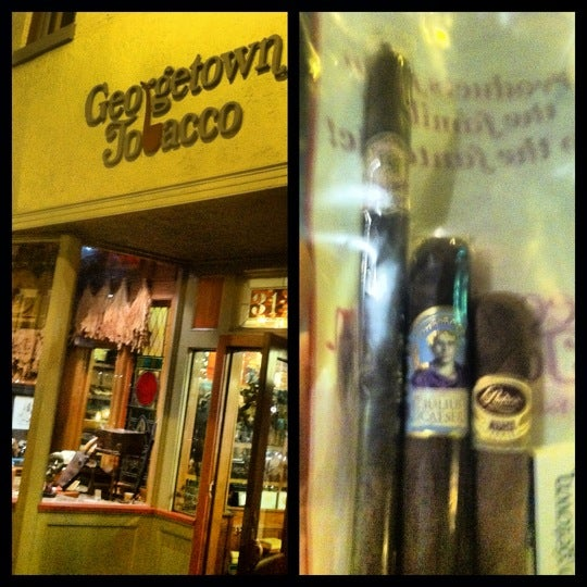 Photo prise au Georgetown Tobacco par FineTobacco N. le8/17/2012