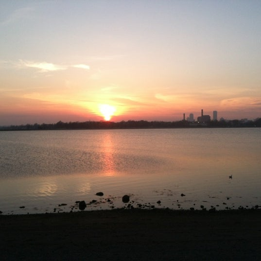 3/19/2012 tarihinde Tasia C.ziyaretçi tarafından Castle Island'de çekilen fotoğraf