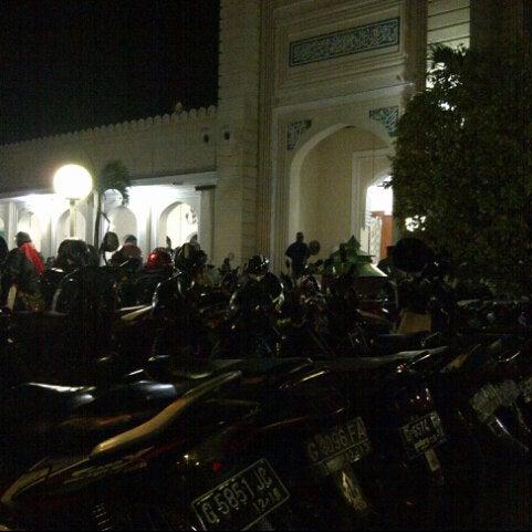 Photo taken at Masjid Jami' Kauman Pekalongan by Ipunk P. on 8/9/2012