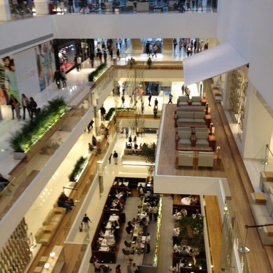 Photo taken at Shopping JK Iguatemi by André Ricardo T. on 6/24/2012