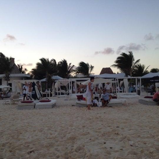 Foto tomada en Kool Beach Club por Paolo L. el 3/9/2012
