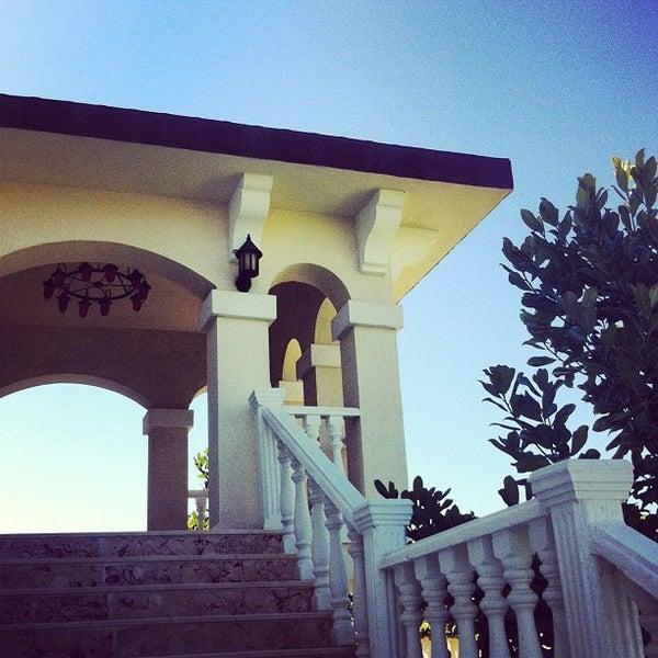 8/31/2012 tarihinde ндрей .ziyaretçi tarafından Garden Resort Bergamot'de çekilen fotoğraf