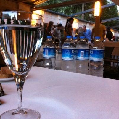 7/19/2012 tarihinde Burcinziyaretçi tarafından Kalkan Balık Restaurant'de çekilen fotoğraf