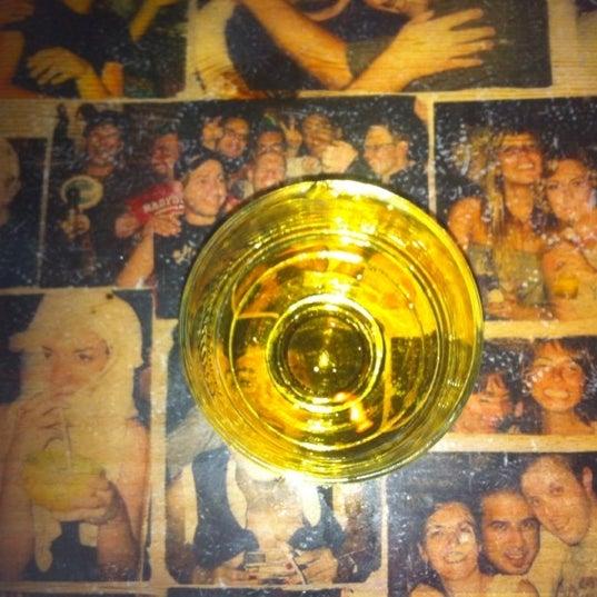 รูปภาพถ่ายที่ Körfez Bar โดย Didem B. เมื่อ 8/18/2012