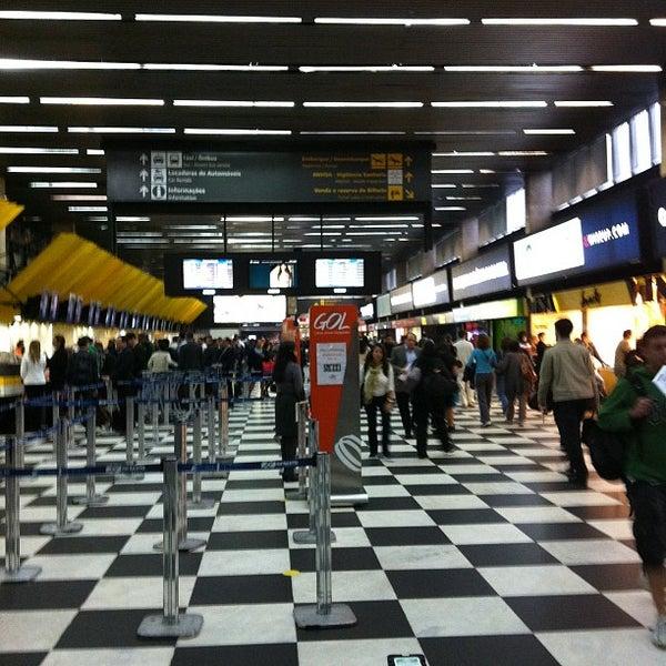 Снимок сделан в Международный аэропорт Конгоньяс/Сан-Паулу (CGH) пользователем emmanuele b. 5/24/2012