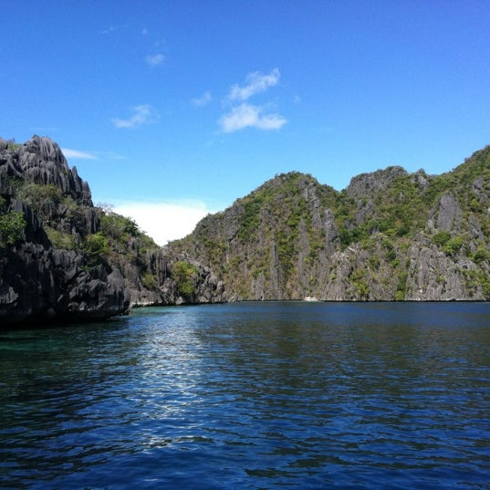 Photo taken at Twin Lagoon by Jec A. on 3/25/2012