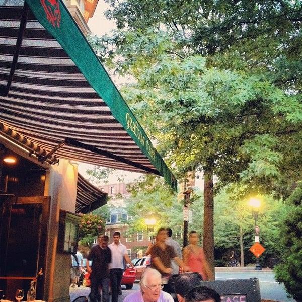 Photo taken at Grafton Street Pub by Eric C. on 8/5/2012