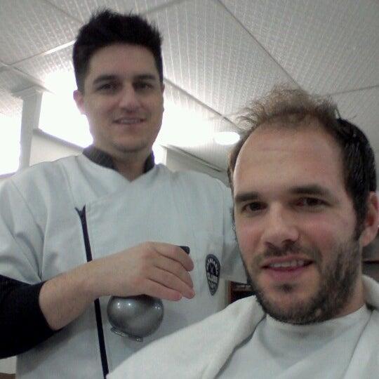 Foto tirada no(a) Barbearia Clube por Jefferson V. em 7/7/2012