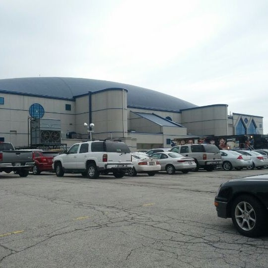Photo taken at Allstate Arena by Quentyn K. on 4/29/2012