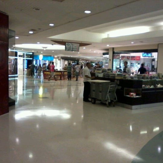 Photo taken at Shopping Recife by Heitor #. on 7/24/2012