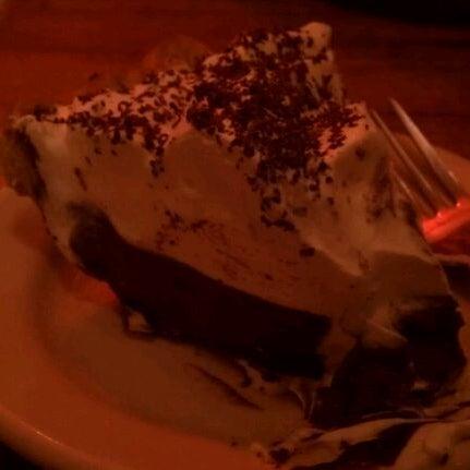 3/6/2012 tarihinde Megan S.ziyaretçi tarafından Random Order Pie Bar'de çekilen fotoğraf
