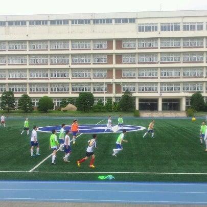 Photo taken at 현대고등학교 by Hoony C. on 7/22/2012