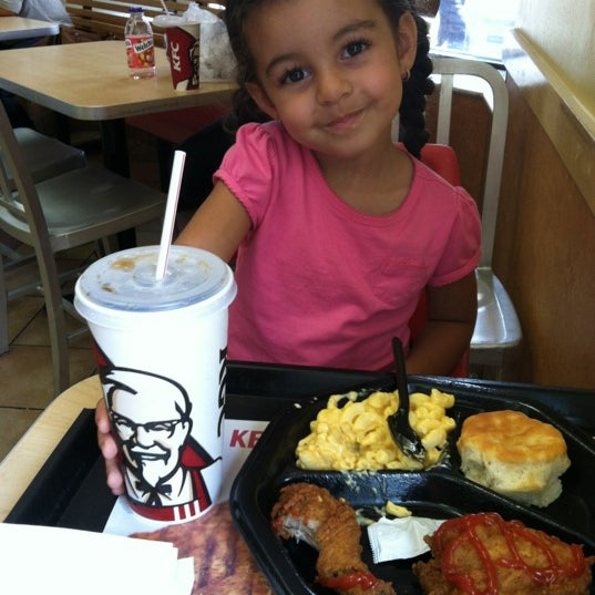 Photo taken at KFC by Tania G. on 7/16/2012