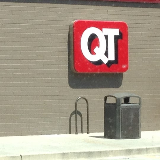 Photo taken at QuikTrip by Kym H. on 6/28/2012