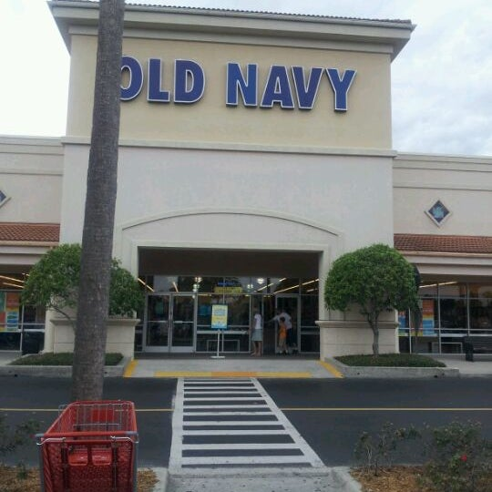 Old Navy in Long Beach Towne Center, California. Old Navy is located in Long Beach Towne Center, California, city Long Beach. Old Navy info: address, gps, .