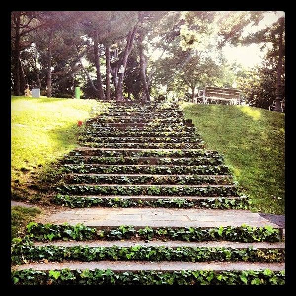 Photo prise au Jardins de Joan Brossa par Lluis G. le5/28/2012