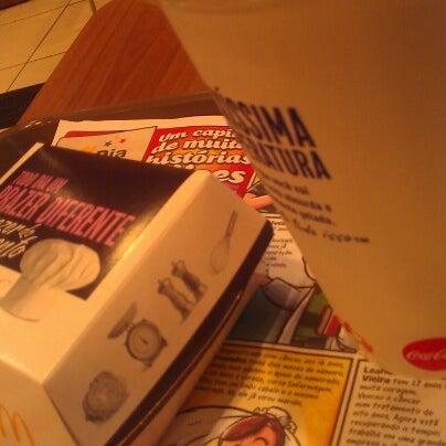 Photo taken at McDonald's by Eduardo A. on 8/26/2012