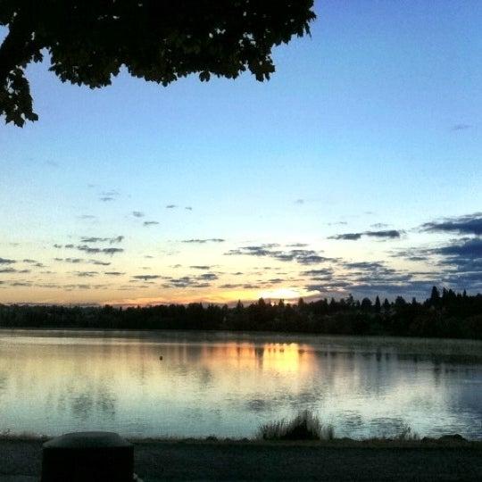 Photo taken at Green Lake Boathouse by Erik B. on 8/31/2012