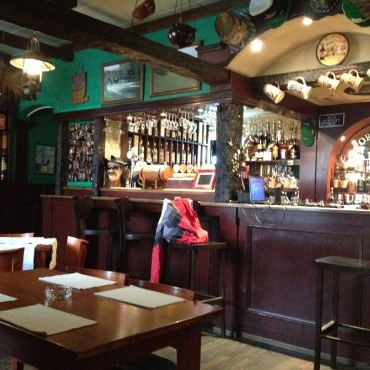 Снимок сделан в Porter House пользователем Elena V. 6/12/2012