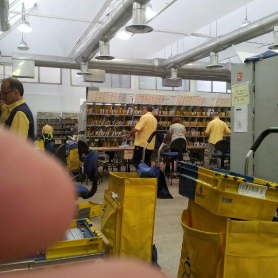 Oficina correos post office in valencia for Oficina correos valencia horario