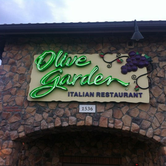 Olive Garden - 13 tips from 582 visitors