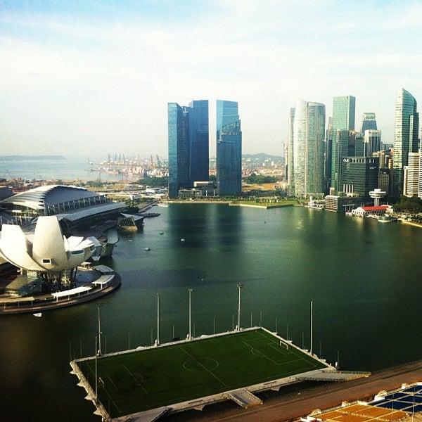 Photo taken at The Ritz-Carlton Millenia Singapore by Nataliya S. on 3/4/2012
