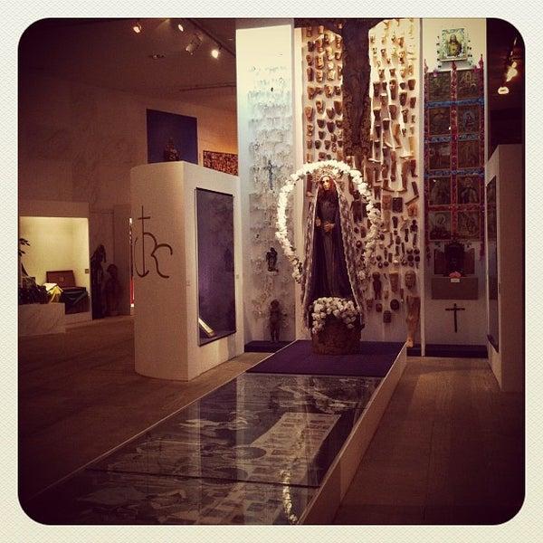 Foto tirada no(a) Museu Afrobrasil por Henrique L. em 3/28/2012