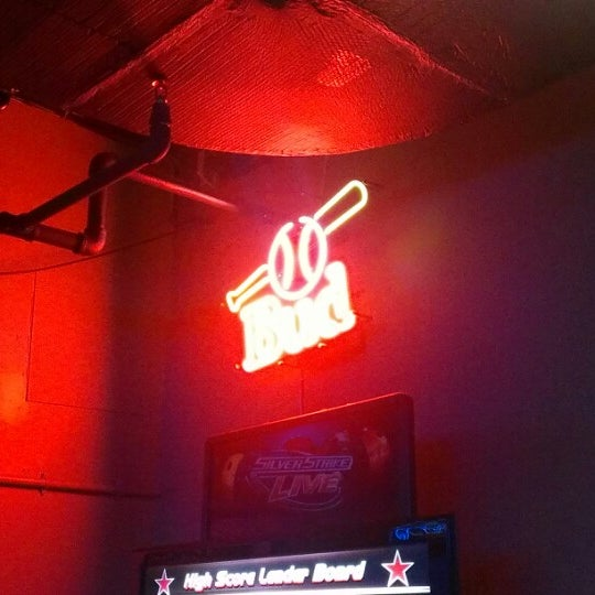 Photo taken at Whitlow's on Wilson by Arl C. on 8/11/2012