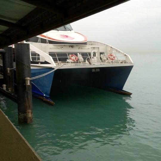 Das Foto wurde bei Tanah Merah Ferry Terminal von Jemmy Y. am 3/9/2012 aufgenommen