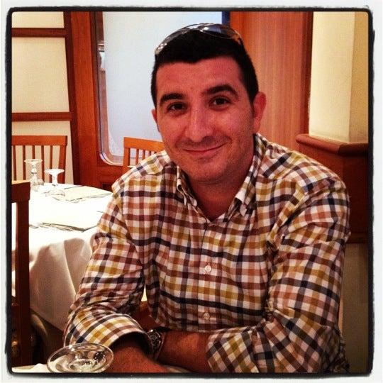 Foto scattata a Pizzeria Firenze Nova da Cuneyt il 7/30/2012